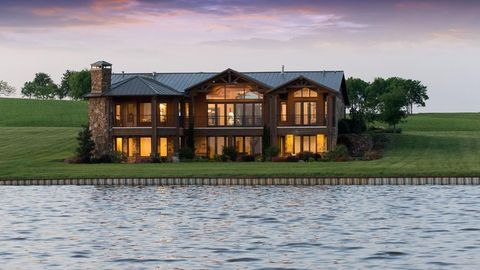 Fantastic Cedar Creek Lake Tx Houses For Sale With Swimming Pool Complete Home Design Collection Barbaintelli Responsecom