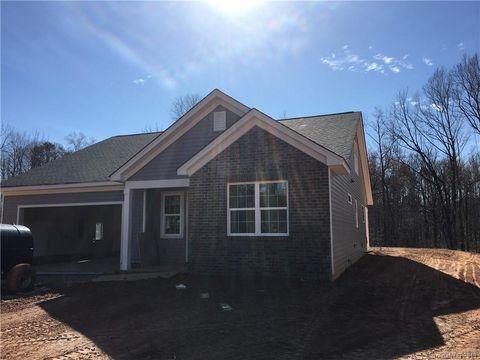 Photo of 8201 Larkhaven Rd, Charlotte, NC 28216