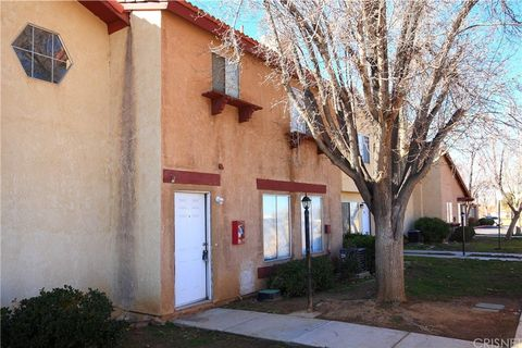 Palmdale Ca Condos Townhomes For Sale Realtorcom