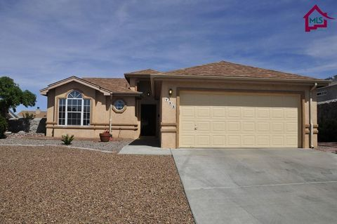 Photo of 733 City View Dr, Las Cruces, NM 88011