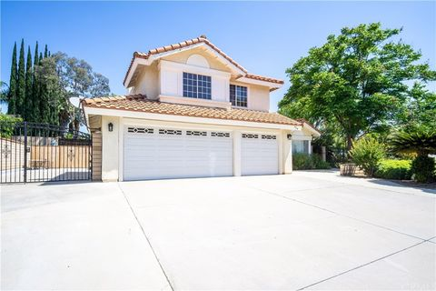 Photo of 454 Mission Grove Pkwy N, Riverside, CA 92506