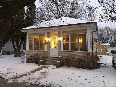 635 Broadway St, Manly, IA 50456