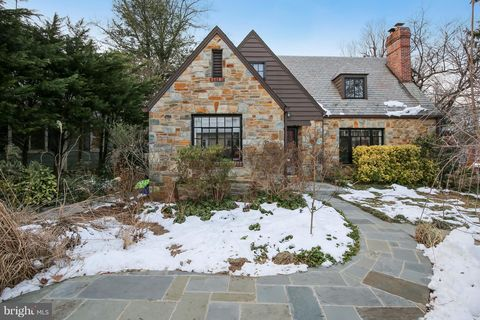 Photo of 9414 Thornhill Rd, Silver Spring, MD 20901