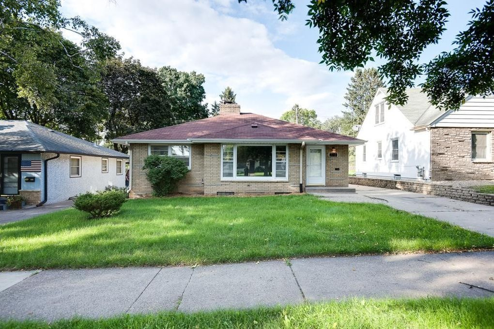 Incredible 2233 3Rd St E Saint Paul Mn 55119 Home Interior And Landscaping Ologienasavecom