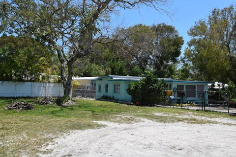Phenomenal Conch Key Fl Single Story Homes For Sale Realtor Com Beutiful Home Inspiration Semekurdistantinfo