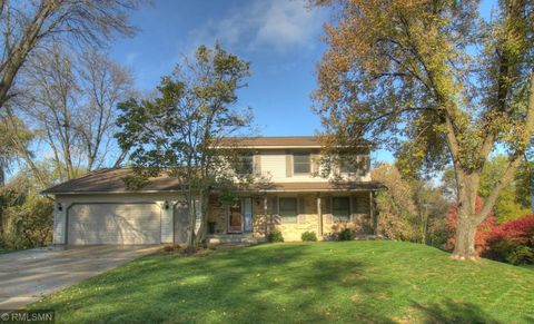 2275 Hallquist Ave, Red Wing, MN 55066