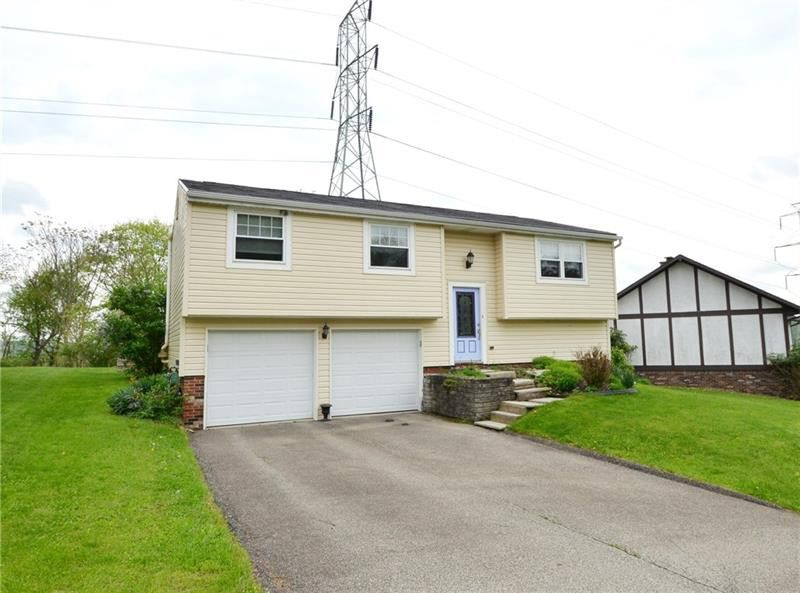 171 Westminster Dr Monroeville, PA 15146