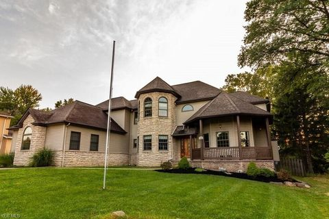 Photo of 10724 State Rd, North Royalton, OH 44133