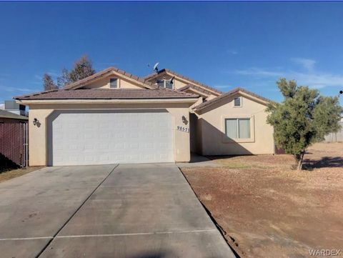 9857 S Kingman Dr, Mohave Valley, AZ 86440