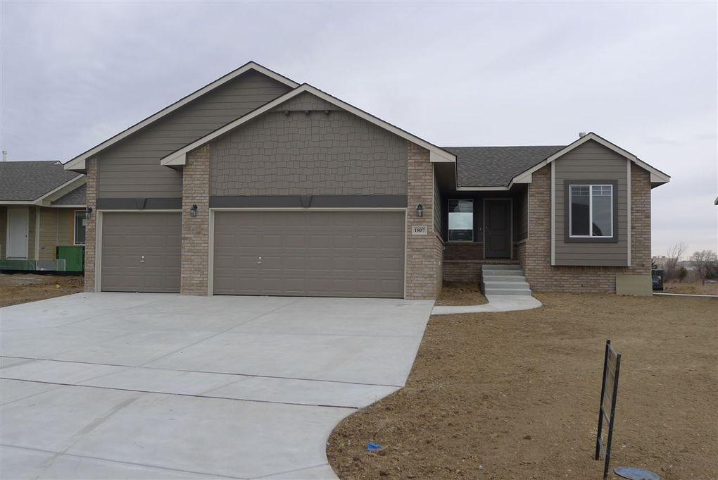 1807 S Lynnrae St, Wichita, KS 67207
