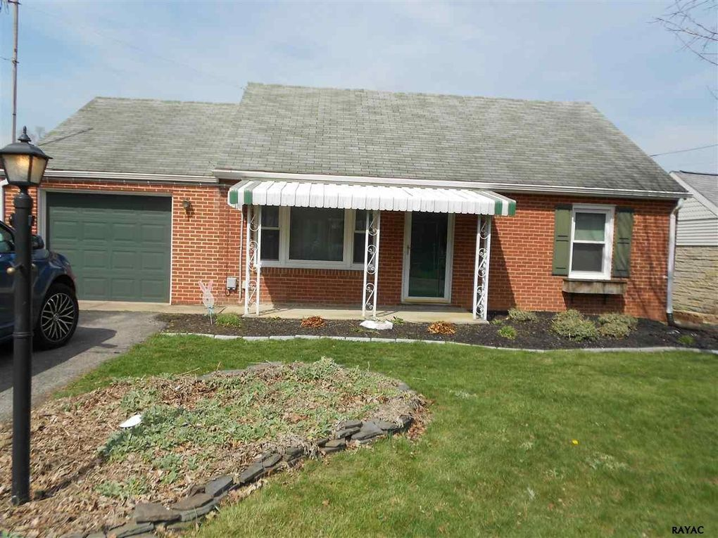 20 Evergreen Ln, York, PA 17408