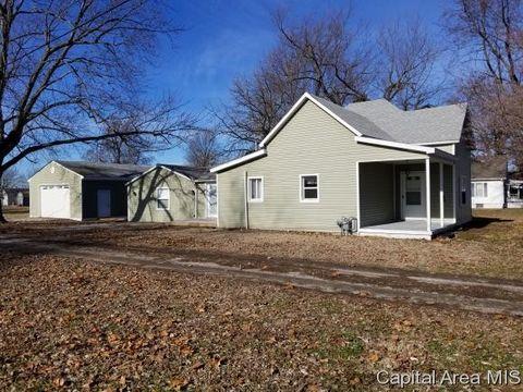 821 N Grove St, Virden, IL 62690