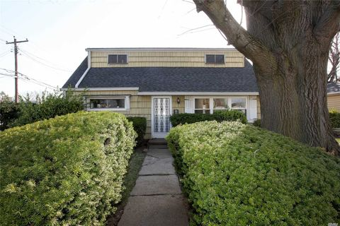apartments for rent in garden city ny. 110 thorens ave, garden city park, ny 11040. other for rent apartments in ny