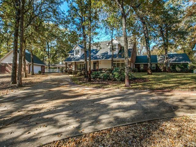 4550 Lake Estate Dr Athens, TX 75751