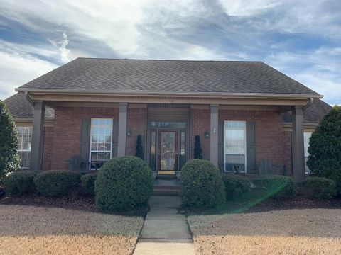 Marion, AR Houses for Sale with Swimming Pool - realtor.com®