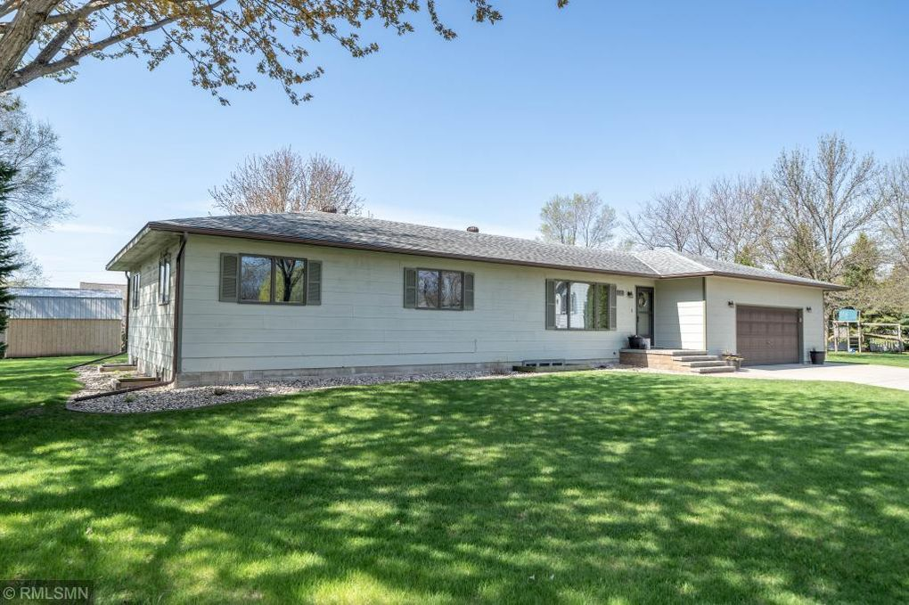 3217 3rd Ave Nw, Willmar, MN 56201
