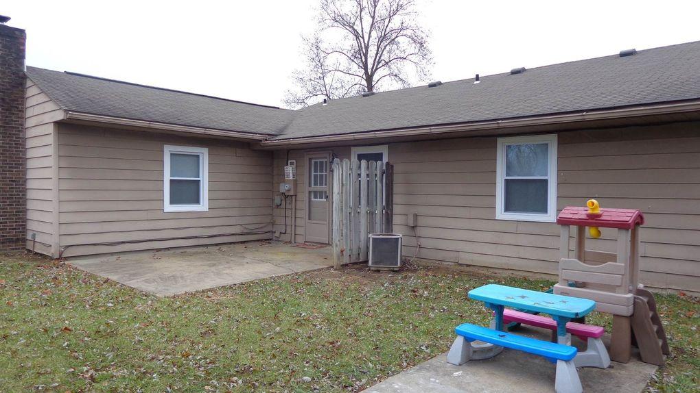 4113 Saddlebrooke Ln, Evansville, IN 47715