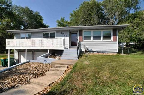 66618 real estate topeka ks 66618 homes for sale for Home builders topeka ks
