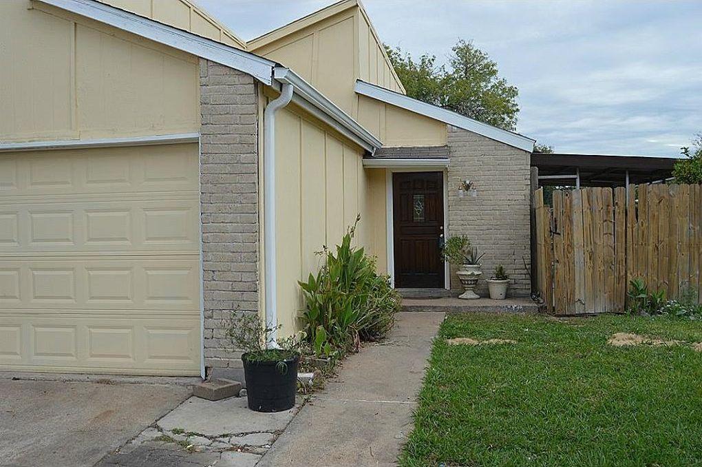 12356 Newbrook Dr, Houston, TX 77072