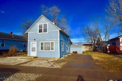 444 2nd St Sw, Dickinson, ND 58601