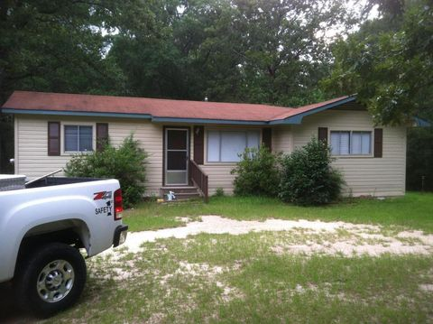 24 County Road 1913, Stringer, MS 39481