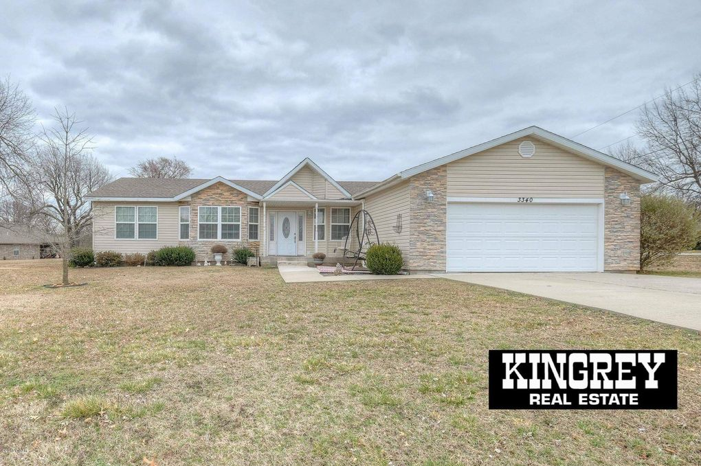 3340 Gaineswood Ave, Baxter Springs, KS 66713