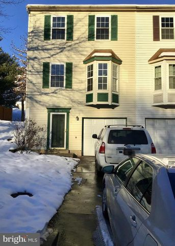 Photo of 4120 Silver Park Ter, Suitland, MD 20746