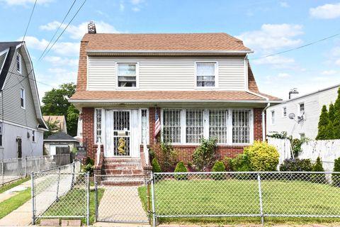 99-10 211th Pl, Queens Village, NY 11429