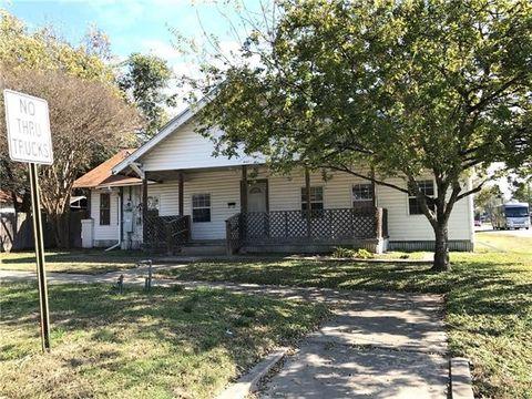 310 S Rusk St, Groesbeck, TX 76642
