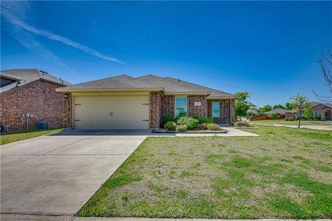 Photo of 205 Dye Dr, Royse City, TX 75189