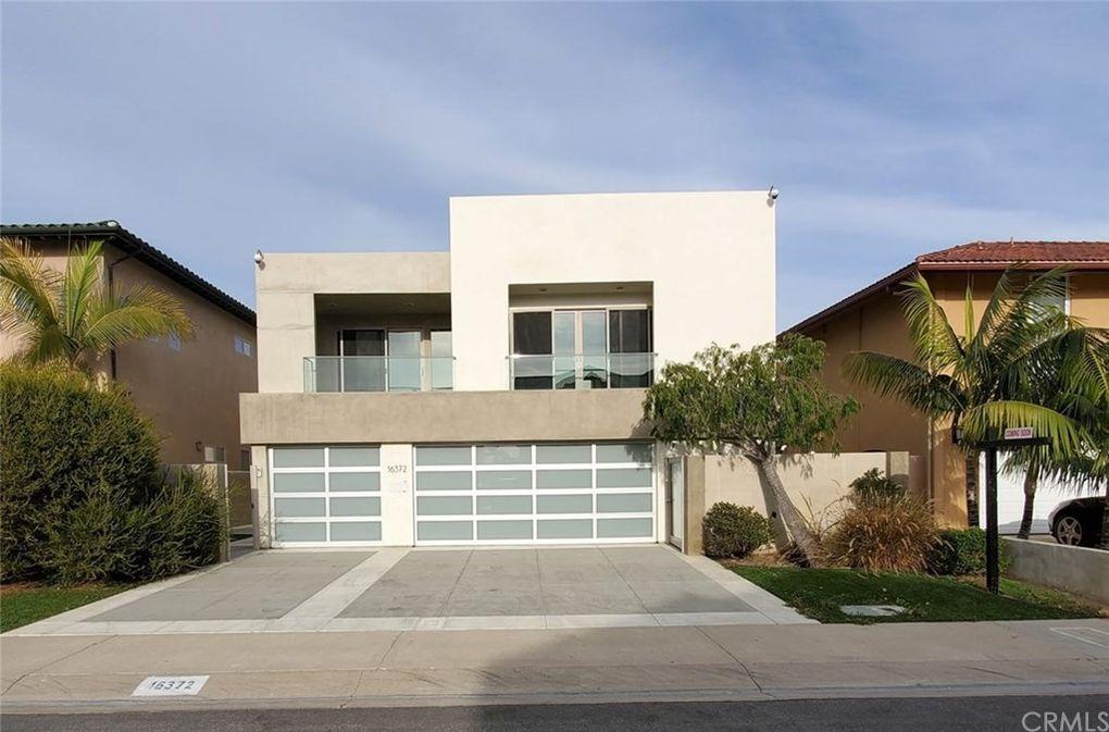 16372 Ardsley Cir Huntington Beach, CA 92649