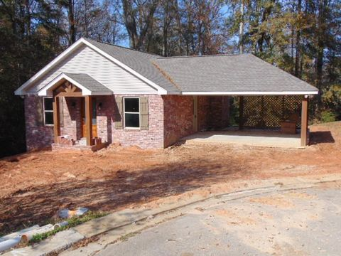 Photo of 25 Willow Ct, Sumrall, MS 39482