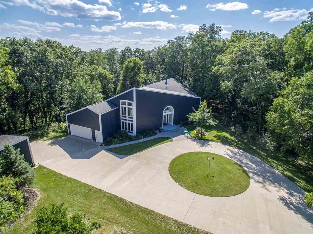 3756 Cardinal Ct NE North Liberty, IA 52317