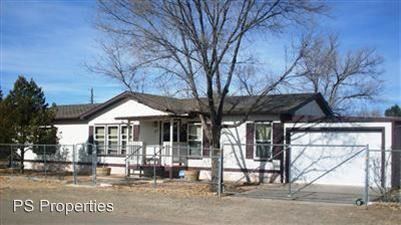 Photo of 305 Girard Ave W, Moriarty, NM 87035