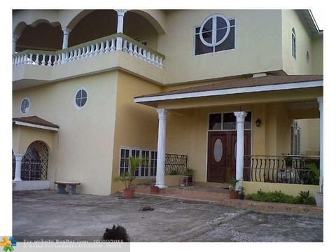 jay fl houses for sale with swimming pool