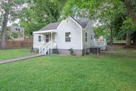 Photo of 2501 Hillside Ave, Decatur, GA 30032