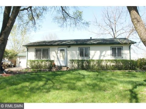 3979 78th St E, Inver Grove Heights, MN 55076