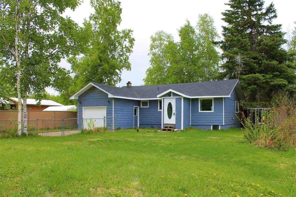 1338 Sloan St, North Pole, AK 99705