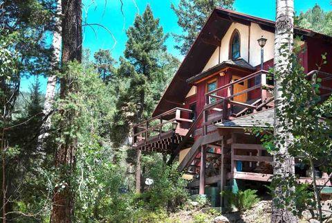 3 Coyote Ln, Taos Ski Valley, NM 87525