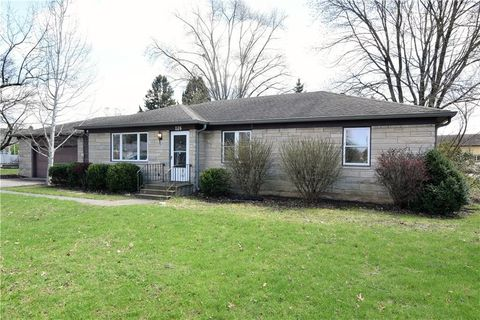 Photo of 126 Roosevelt Dr, Greenfield, IN 46140