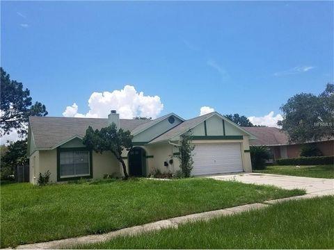8702 Lindenhurst Pl Tampa FL 33634