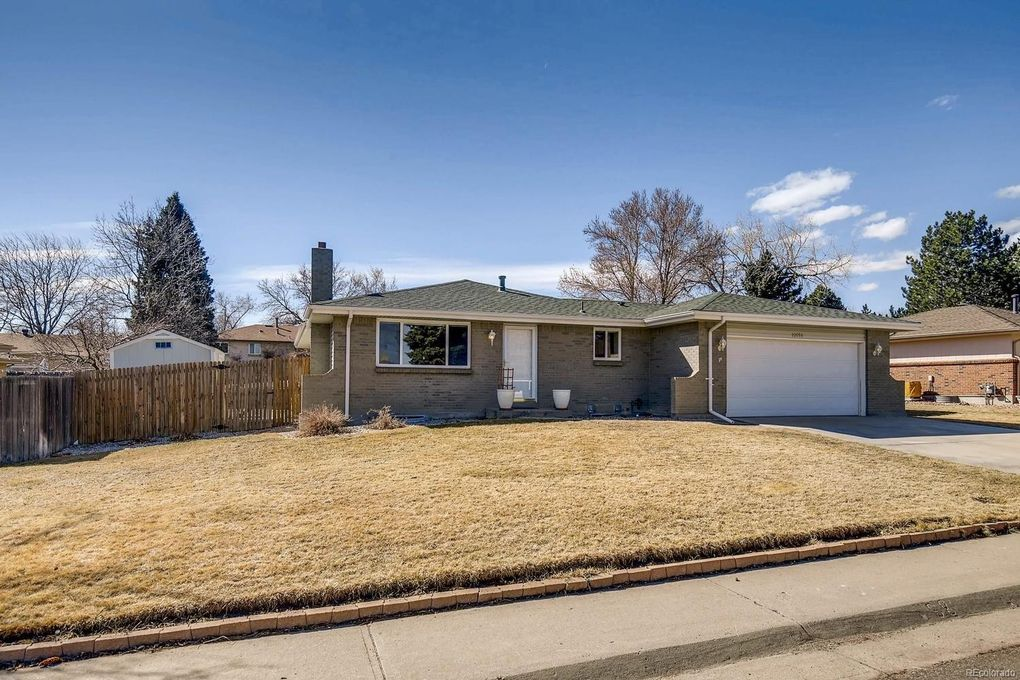 10886 W Tufts Dr, Littleton, CO 80127