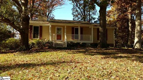 Photo of 116 Mountain Chase, Taylors, SC 29687