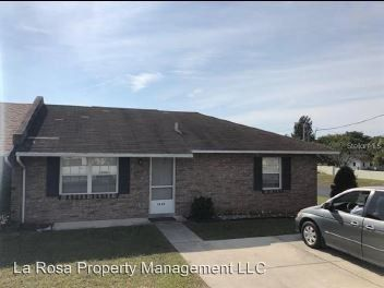 Photo of 1430 Thousand Roses Dr, Lake Wales, FL 33853