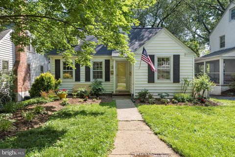 Photo of 7 Steele Ave, Annapolis, MD 21401