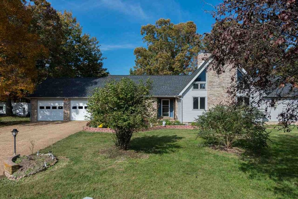 fulks run catholic singles Browse our fulks run, va single-family homes for sale view property photos and listing details of available homes on the market.