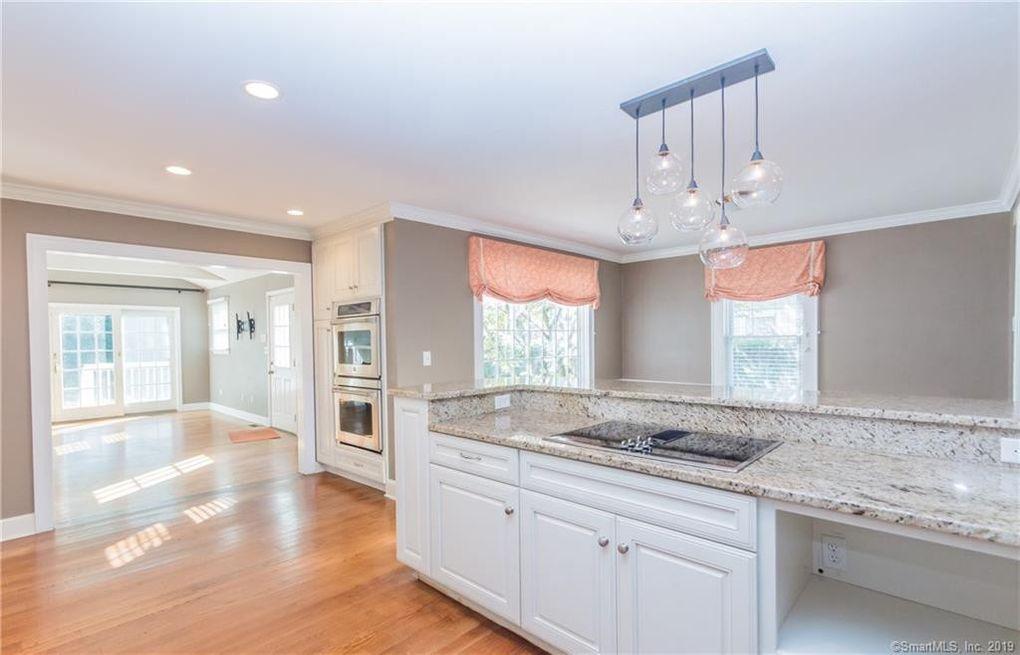 798 Mill Plain Rd Fairfield Ct 06824 Home For Rent Realtorcom