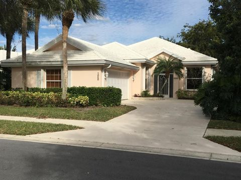 1050 Gator Trl, West Palm Beach, FL 33409