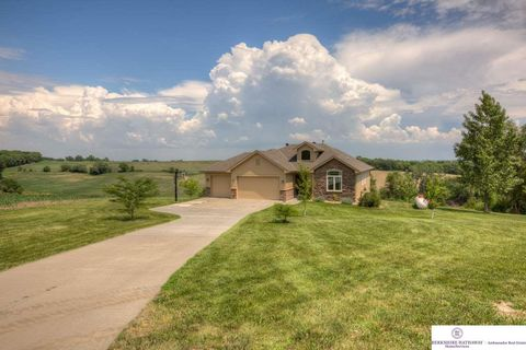 28997 Coldwater Ave, Honey Creek, IA 51542