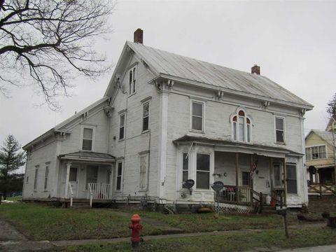 Photo of 487 Main St, Enosburg, VT 05450